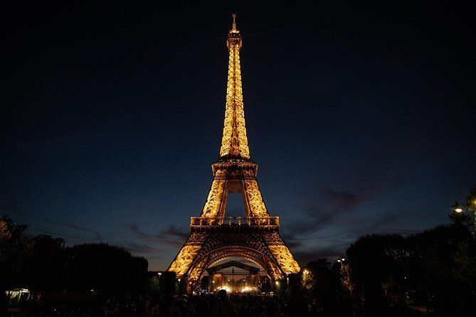 Private Tour of Paris the City of Light by Night