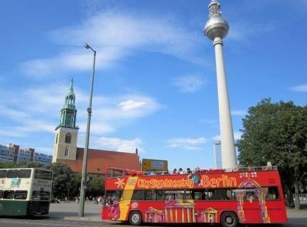 Berlin Hop-On/Hop-Off Bus Tour - 2 days, 2 routes