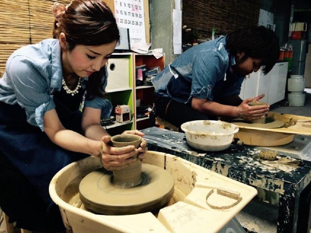 Traditional Tamba Ceramics Experience in Hyogo