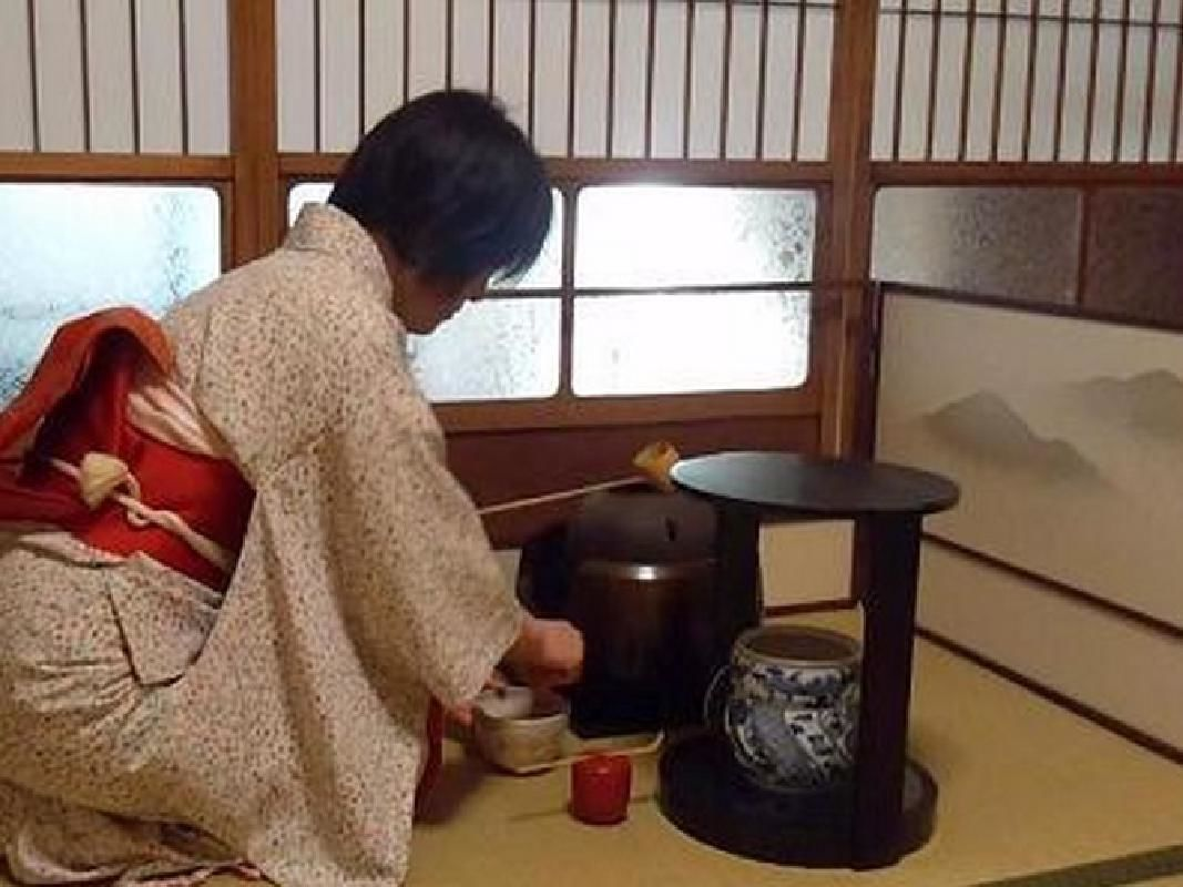 Small Group Beginner's Peaceful Tea Ceremony Experience in Nara