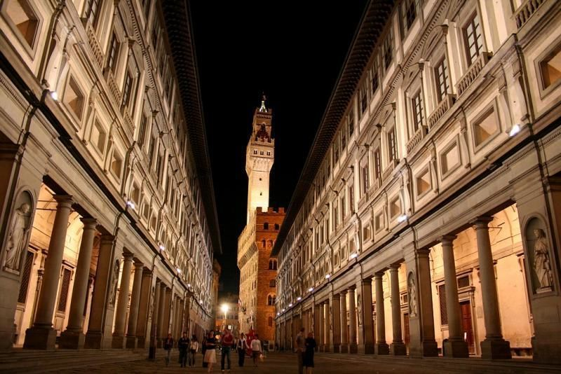 Uffizi - Museum tour in Florence with priority admission