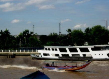 Bangkok Half-Day Boat Tour and Wat Arun Temple