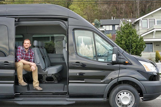 8-Hour Seattle Private Transport: up to 12 Guests,Unlimited Mileage, Flat Rate