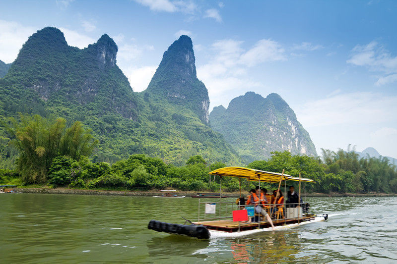 One Day Guilin Li River Cruise and Yangshuo Tour
