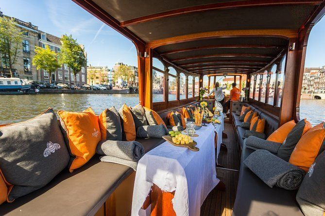 Amsterdam Canal Cruise in Classic River Boat With Drinks & Dutch Cheese