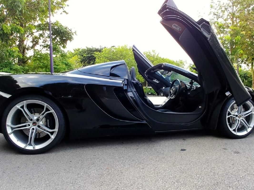 Ferrari, Lamborghini or McLaren Driving Experience at Singapore Racing Circuits