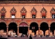 Classic city tour of Bologna