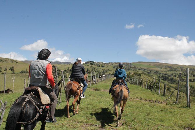 Roses & Horses Ride Private Day Trip from Quito