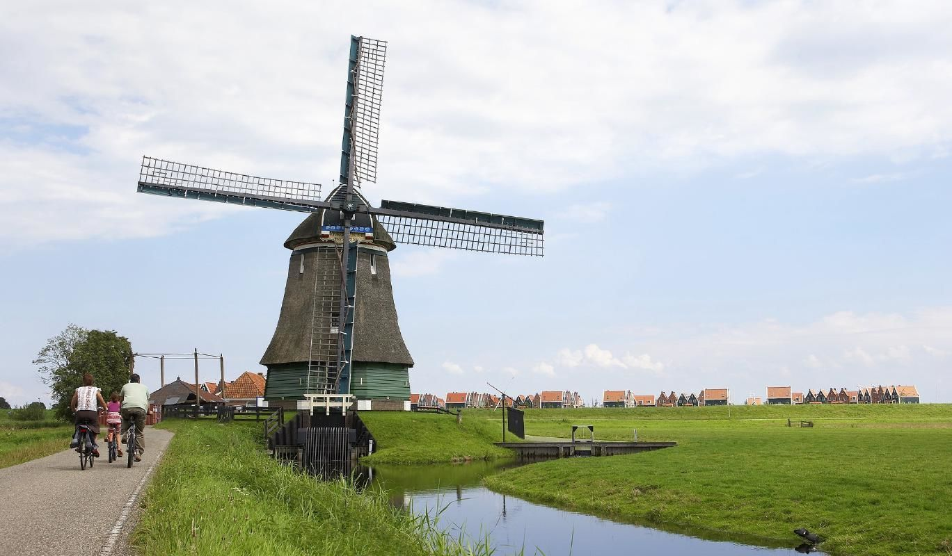 Hop On Hop Off North Holland - Cheese, Windmills & Dutch Villages from Amsterdam