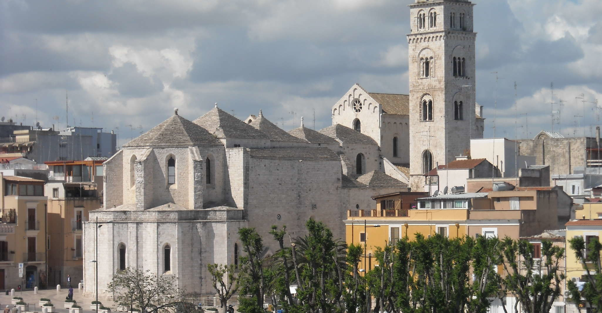 Barletta: The Town of the Challenge Private Tour