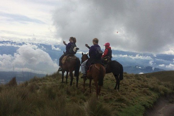 Private Half-Day Cable Car and Horseback Tour Above Quito