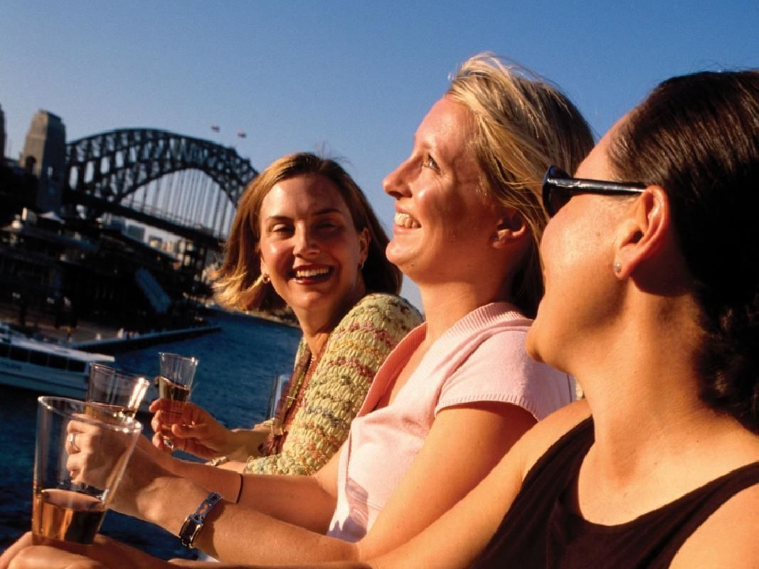 Historic Sydney Harbour Cruise with Refreshments