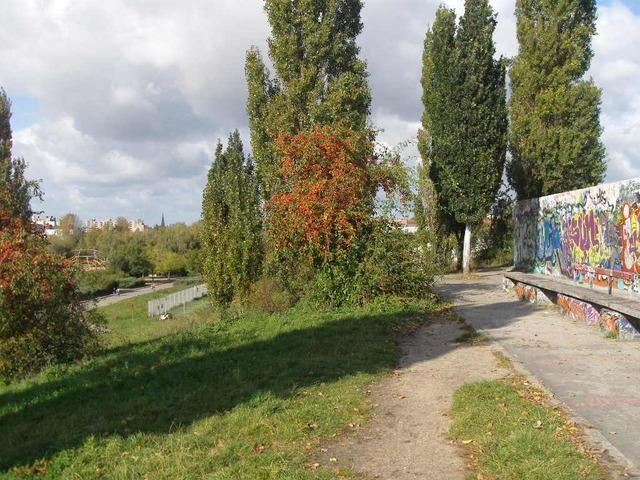 """BBT- City walk """"Berlin Wall"""" (private tour)"""