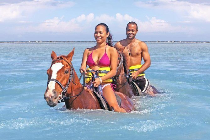 Hurghada Horse Ride: Sea and Desert Tour