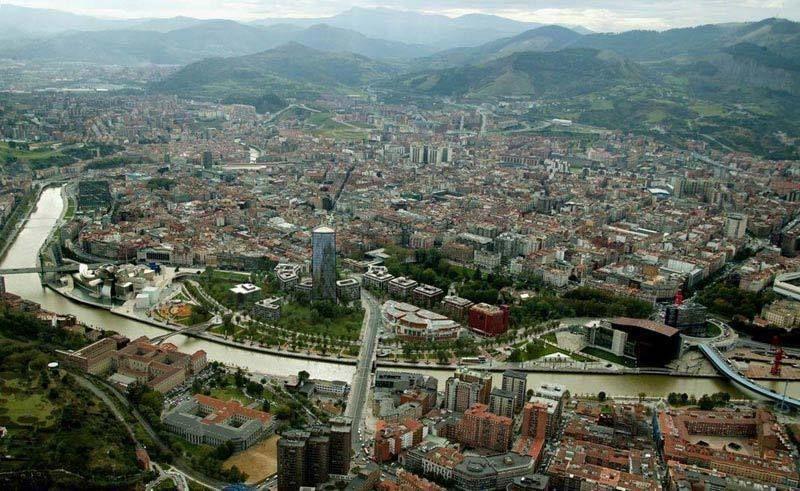 Basque Country 3 Capitals 5-Day Coach Tour