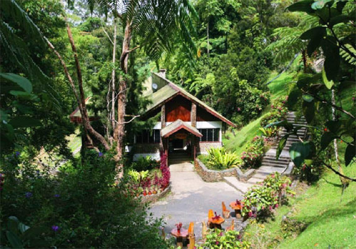 Multi-day Guided Sabah Tour with Kota Kinabalu Airport Transfers