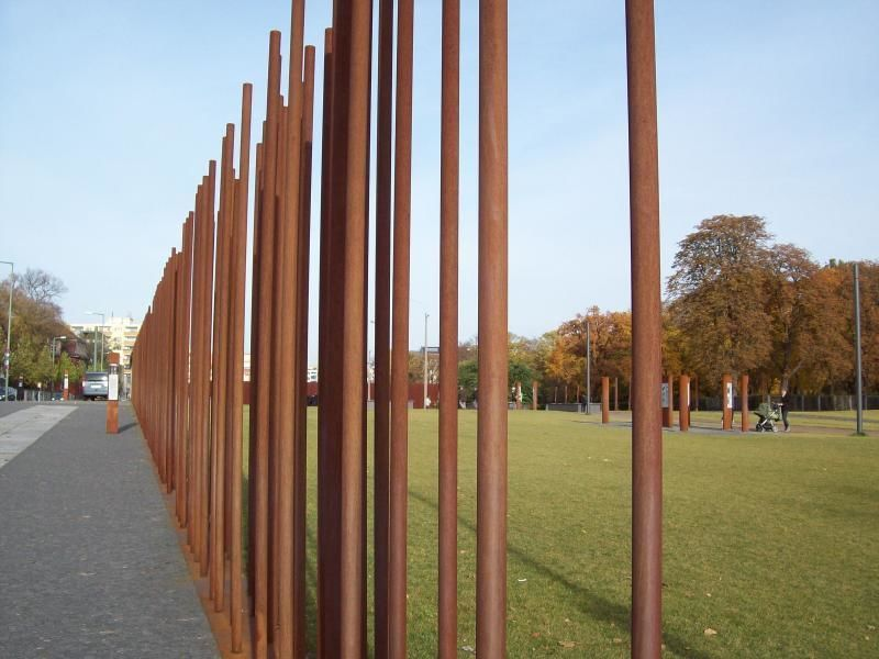 The divided Berlin and the victims of the Wall