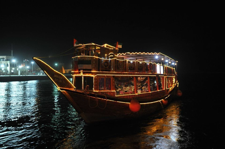 Dubai 2-Hour Helicopter & Dhow Dinner Cruise Combo Tour