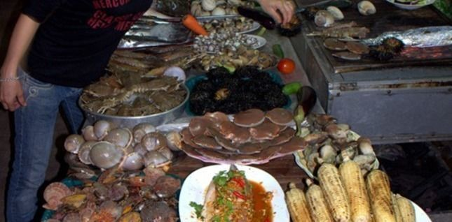 Let's Enjoy Seafood  - a night eating adventure