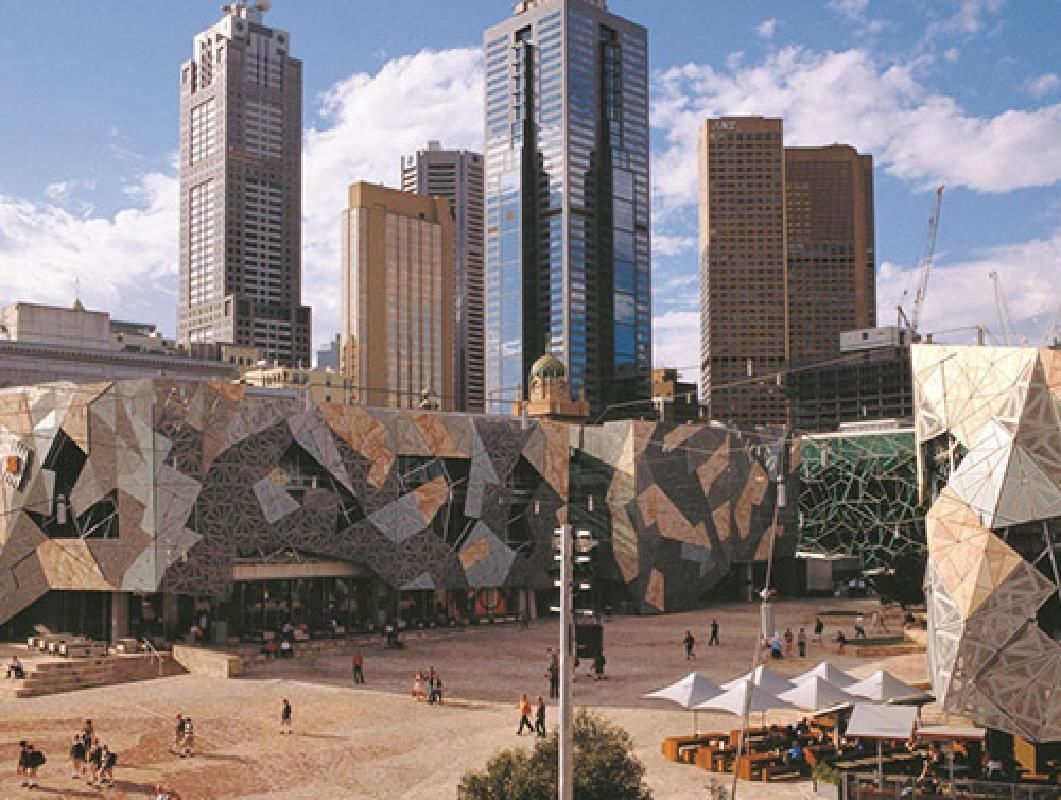 Historic Tour of Melbourne with Yarra River Cruise Option