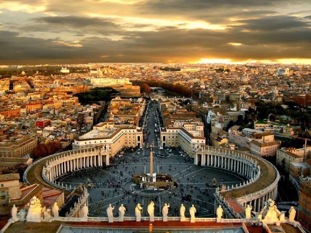 Rome Day Trip from Milan by Train with Hop On Hop Off Bus & Vatican City