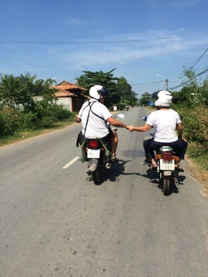 MOTOR-CYCLING CU CHI TUNNELS TRIP