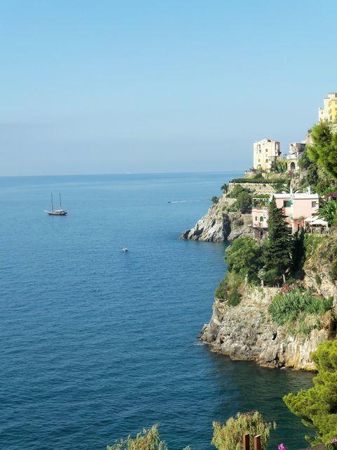 Full-Day Private Boat Tour: Positano and Amalfi Coast
