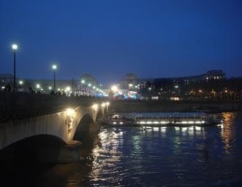 Romantic Paris - Dinner in the Eiffel Tower and boat trip across the Seine