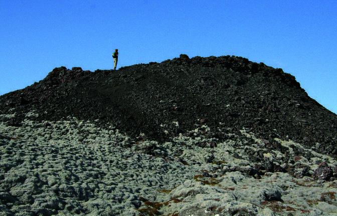 Day trip: Volcano hike - Off the beaten track