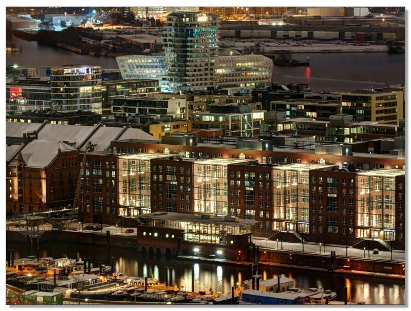 Private tour through the World Heritage Speicherstadt and HafenCity!