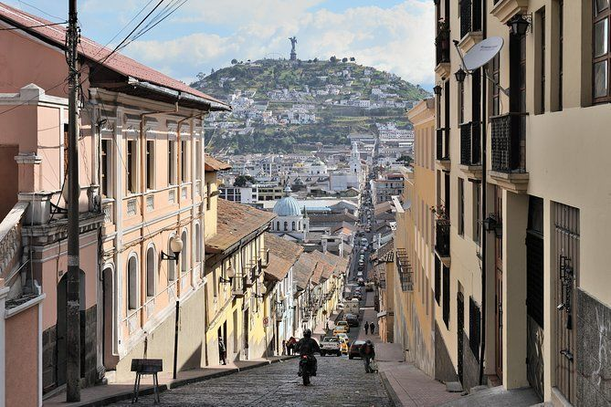 Private Quito City Tour and Middle of the World