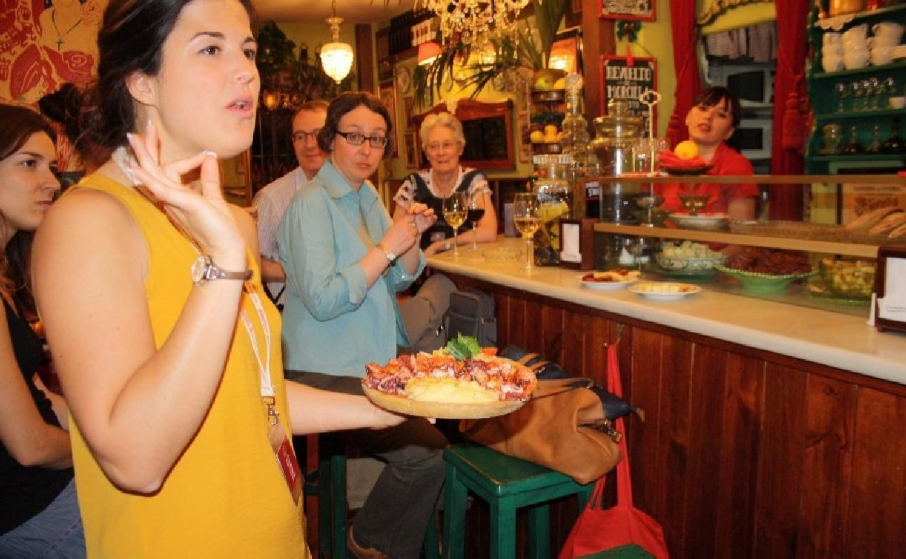 Madrid Small Group Tapas Tasting Tour with Drinks