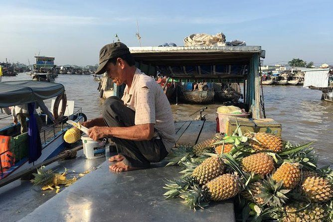 Cai Rang floating market and biking on Cai Be town full day private tour