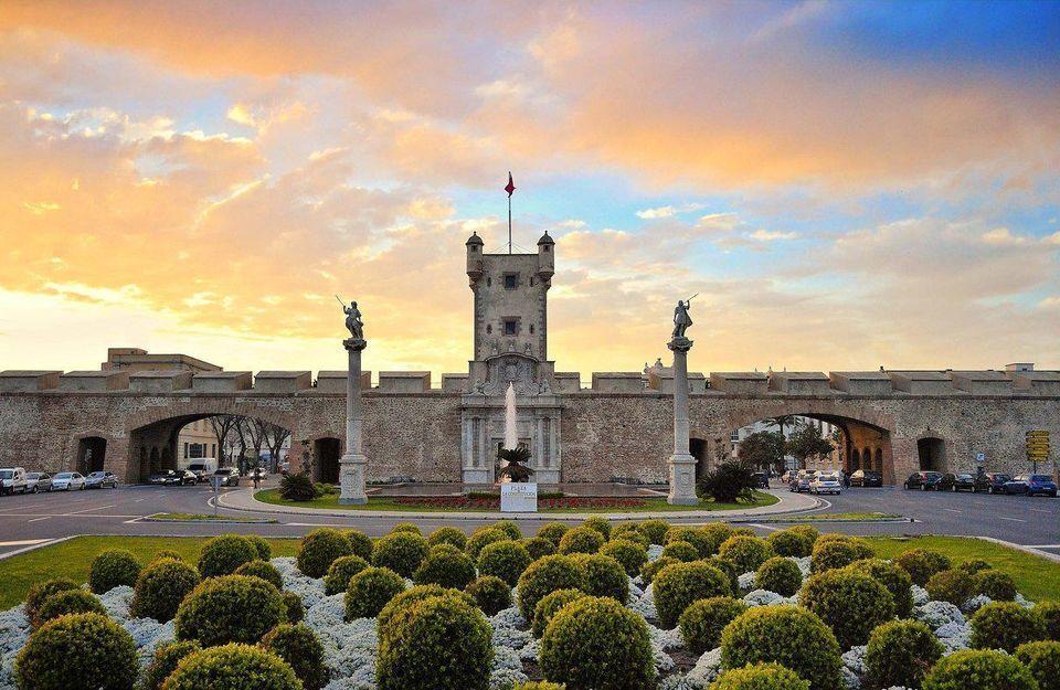 Cadiz: Medieval Tour