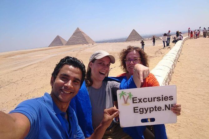 From Makadi Bay: Day Trip to Cairo by car