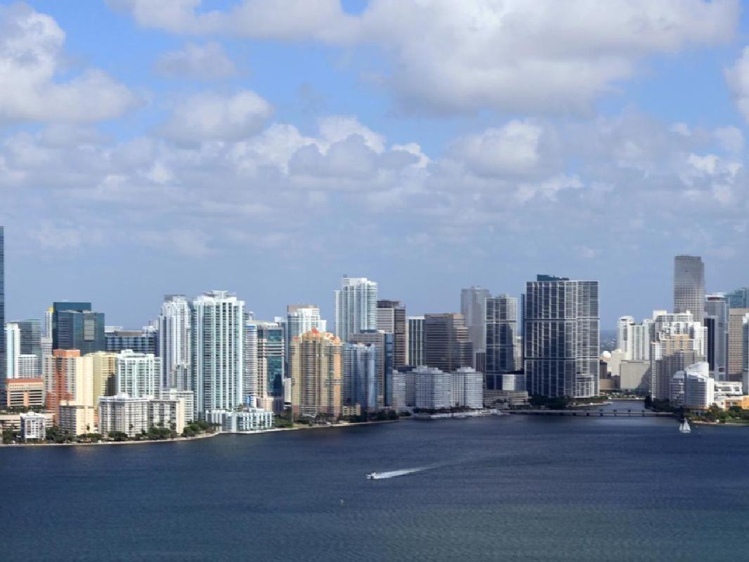 Miami International Airport (MIA) Shuttle Hotel Transfers