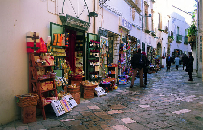 Otranto: 2-Hour Guided Walking Tour in Salento