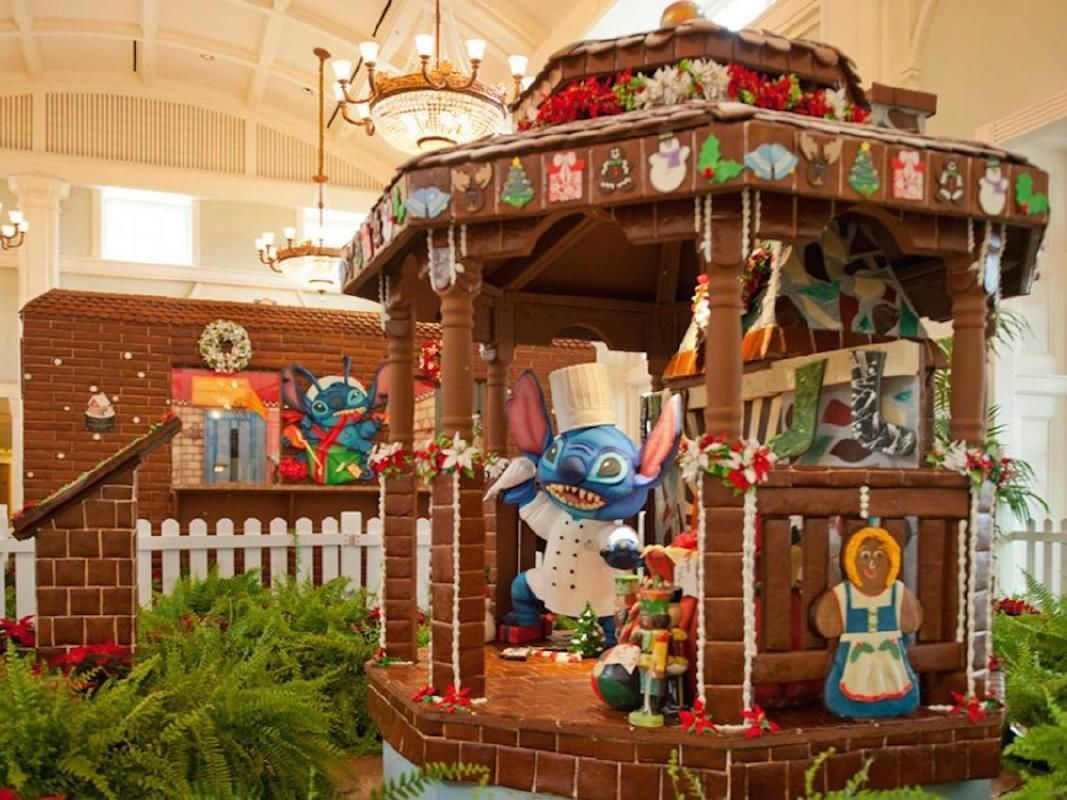 Gingerbread, Ice and Snow Display in Orlando