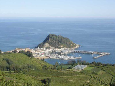 Basque Country 3 Capitals 5-Day Coach Tour