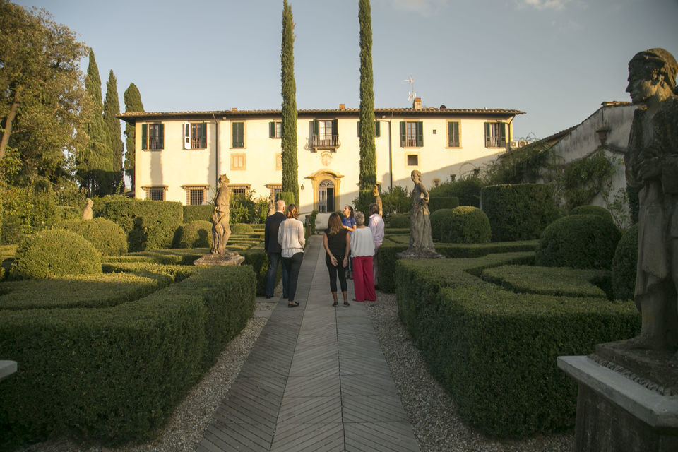 Florence: Dinner and Wine Tasting in a Tuscan Villa