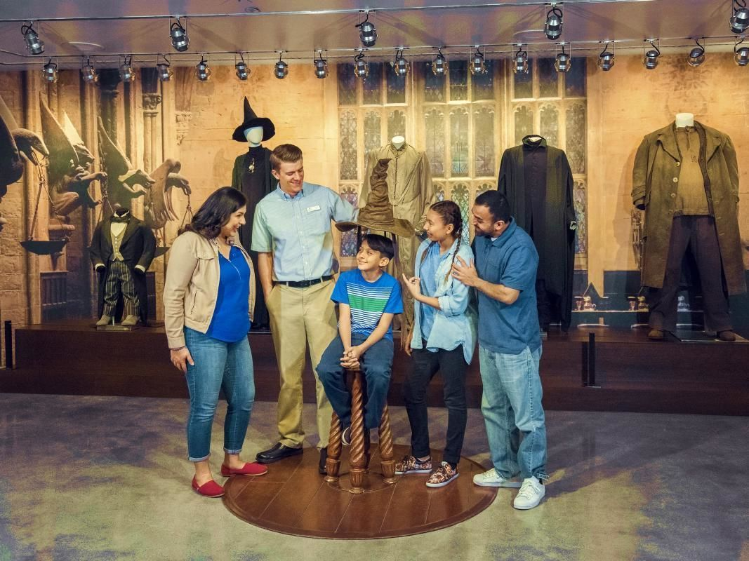 Warner Brothers Studios Hollywood and Movie Stars' Homes Combo Tour
