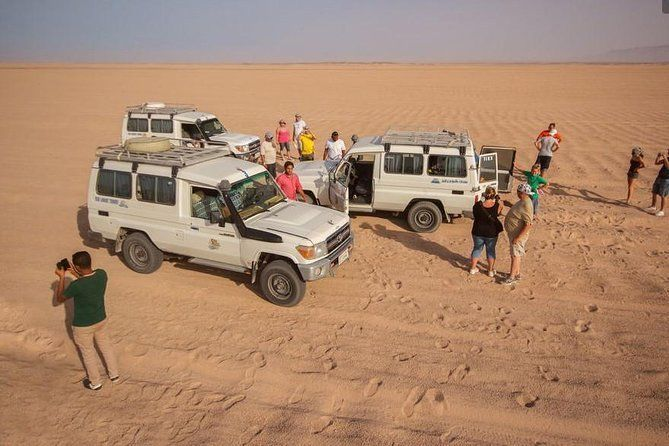 Full Day-Desert Safari To Sahara Park by jeep
