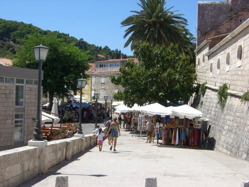 Trip to the peninsula Peljesac and the island Korcula