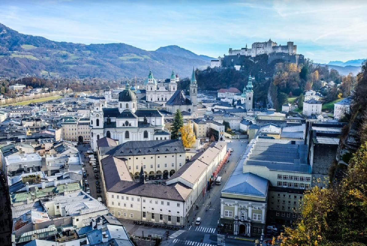 Salzburg 2 Day Tour from Munich with Flexible Return by Train
