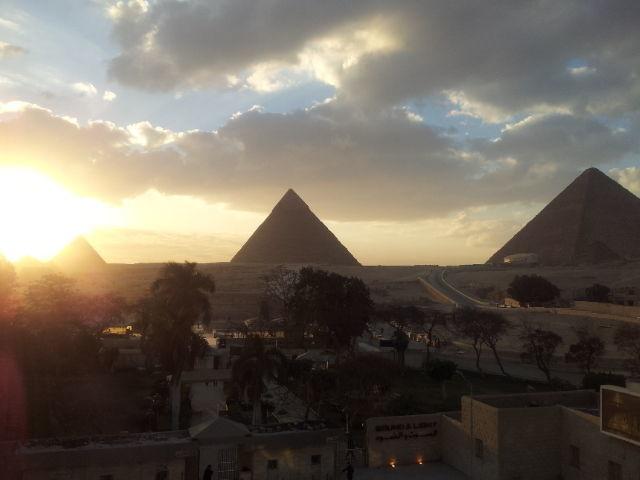 Cairo & Pyramids Tour