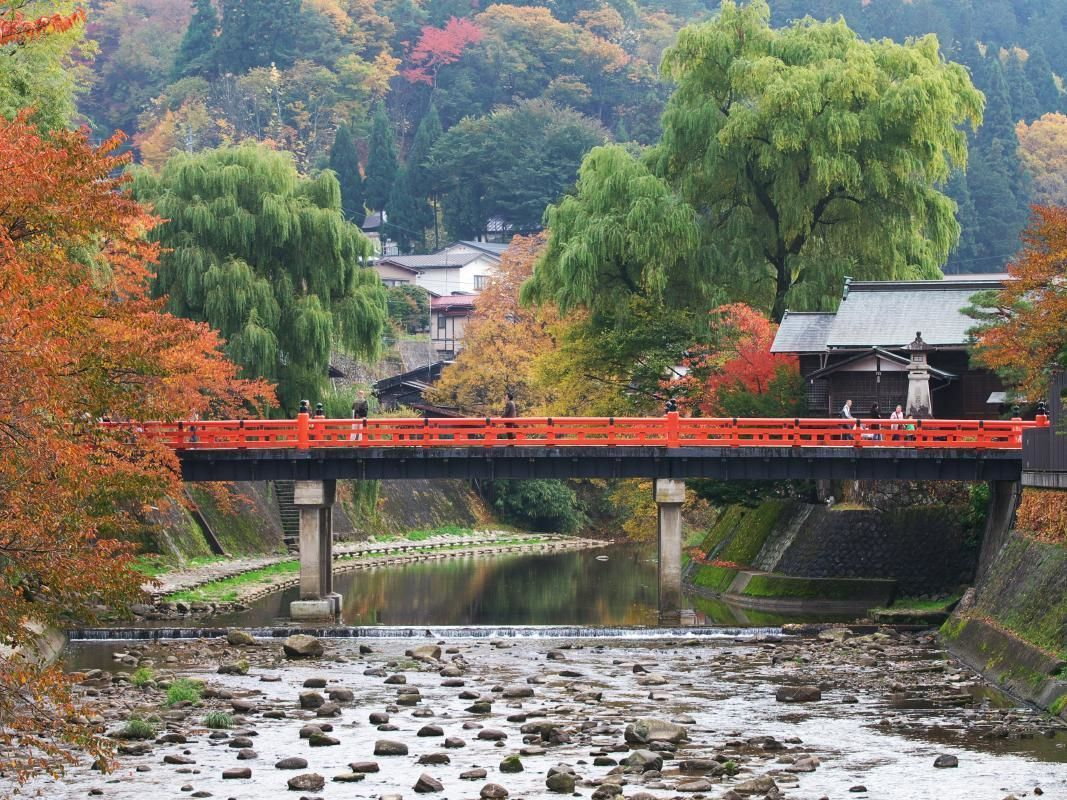 Hida Takayama Overnight Tour from Tokyo with Bullet Train Tickets and Hotel