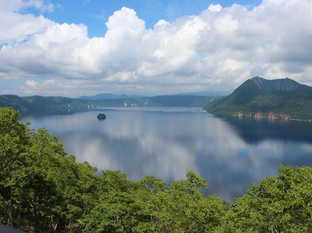 Lake Mashu, Lake Kussharo and Mt.Iou Private Taxi Tour from Kushiro
