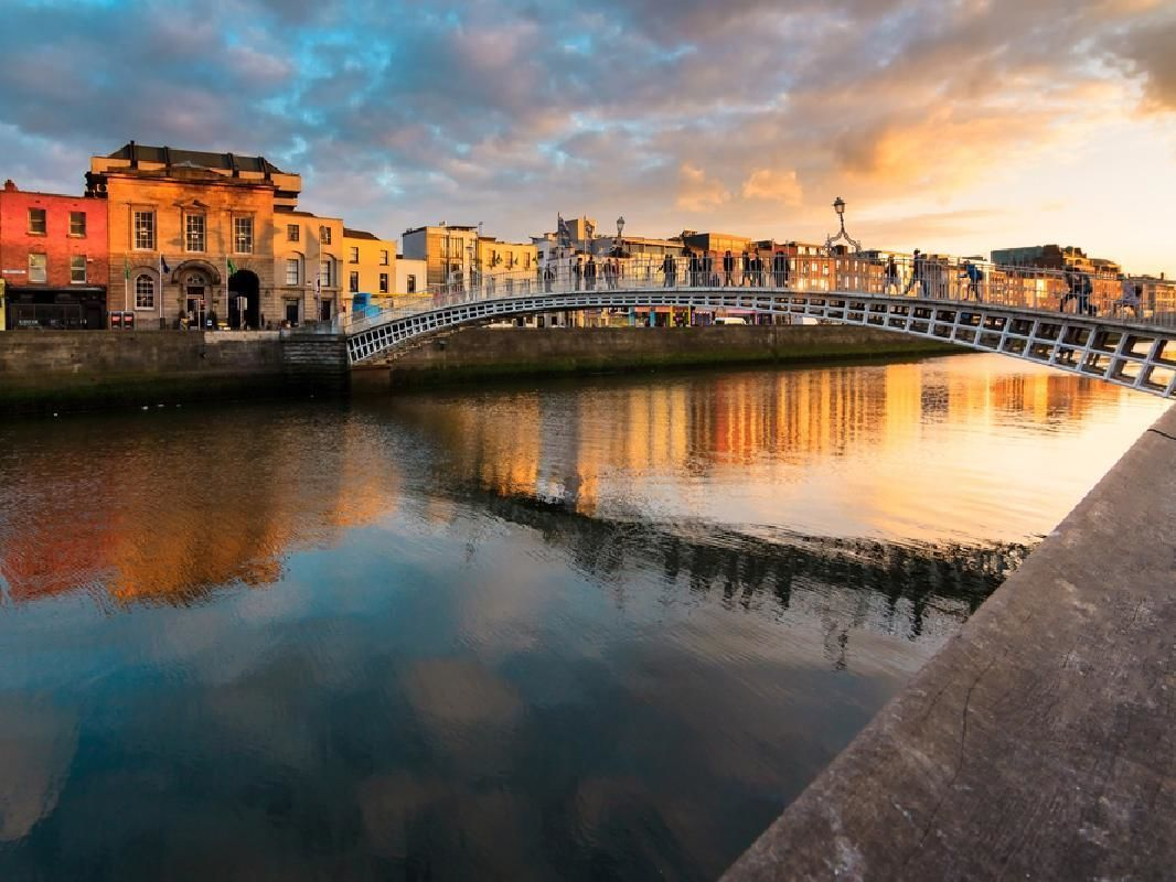 Dublin Pass with Free Entry to 30 Top Attractions & Hop-on Hop-off Bus Tour