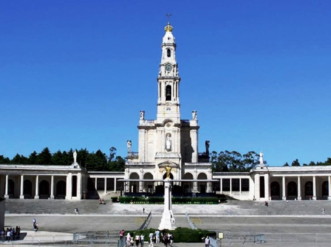 Fatima Half-Day Private Tour from Lisbon with Sanctuary Mass