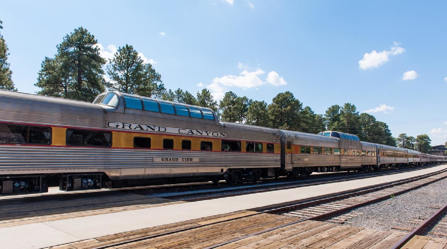 Grand Canyon National Park 2-Day Sightseeing Tour with Railway Tour